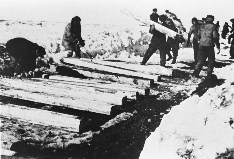 За что Сталин мог отправить в ГУЛАГ или сослать в Сибирь