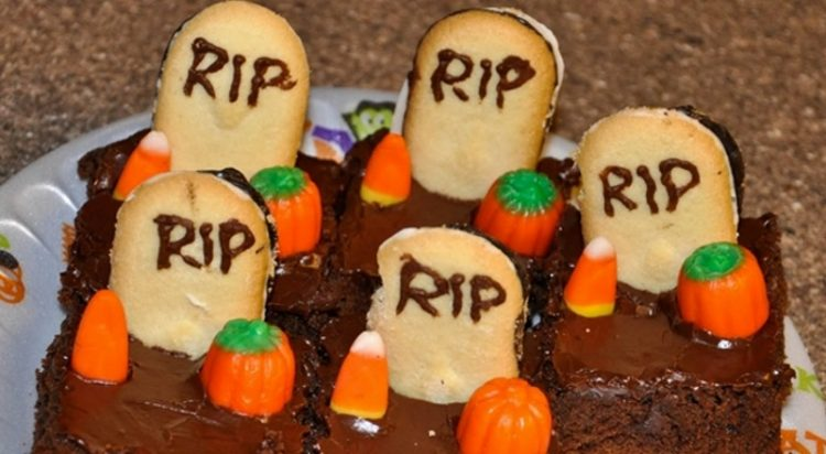 Блюда для Хэллоуина: ужасно, но вкусно