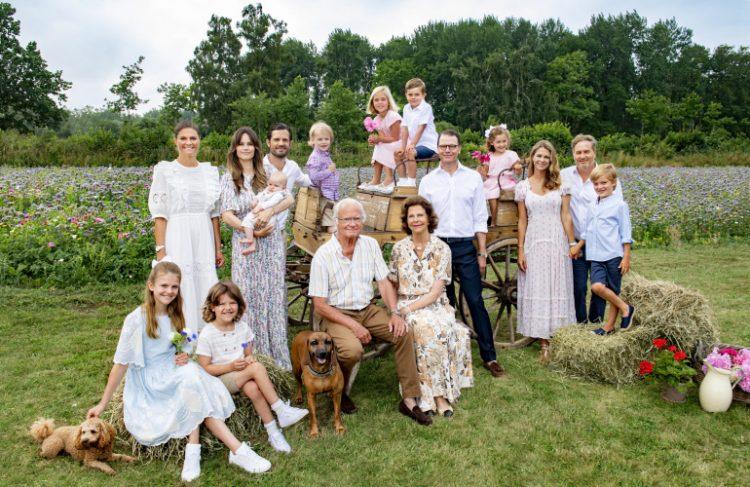 30 душевных фото королевских семей